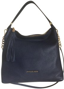 Michael Kors Vanilla Bedford Large Leather Tote Satchel in Navy blue