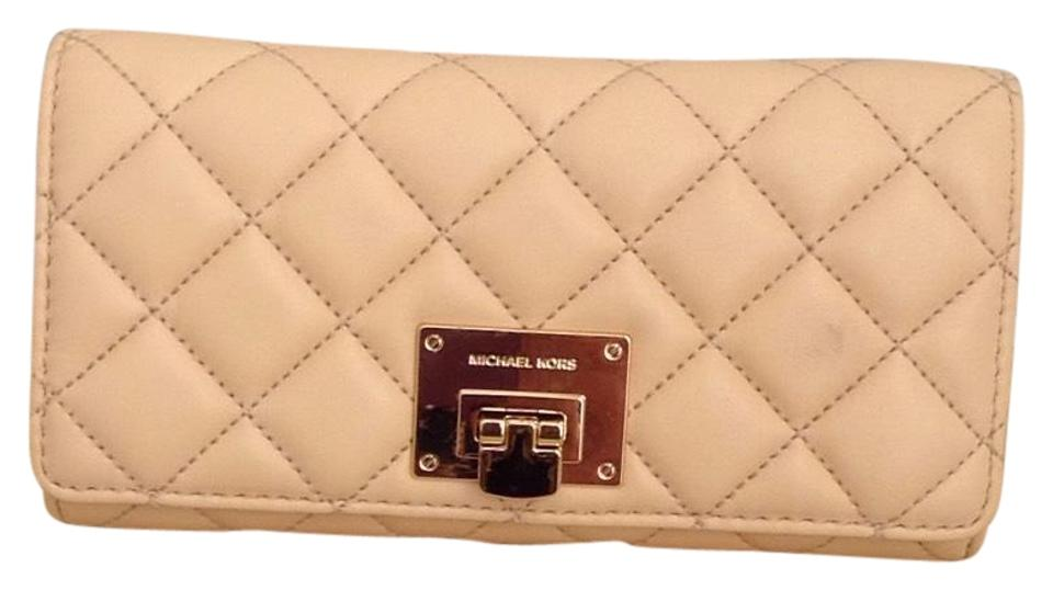 200762c52558 Michael Kors NEW Michael Kors Quilted Leather Astrid Carryall Wallet Nude  Color Image 0 ...