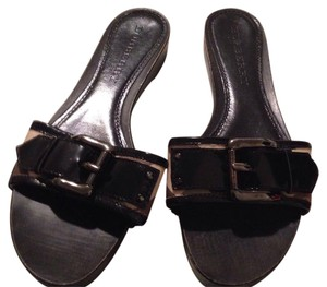 Burberry Black & beige Sandals