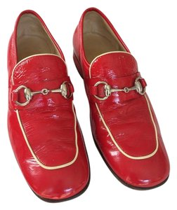 Gucci Vintage Patent Leather Red Flats