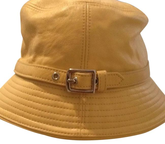 Item - Yellow Hat