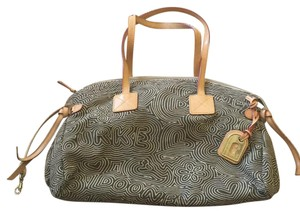 Dooney & Bourke Cloth Db Satchel in Brown