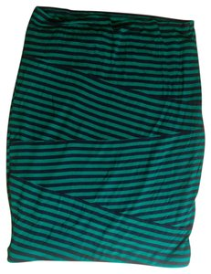Mossimo Supply Co. P2225 Skirt green, navy