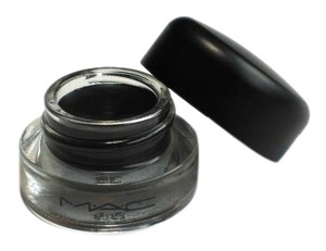 MAC Cosmetics BLACKTRACK Fluidline