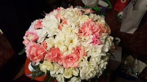 5 Beautiful Handmade Multicolor Pink Coral Yellow And White Roses/flowers Centerpieces With Gold Shimmer And Pearl
