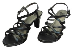 SO Size 8.00 N Strapy Black Sandals