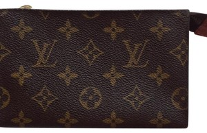 Louis Vuitton Louis Vuitton Cosmetic pouch. Great Condition!