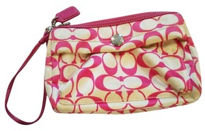 Coach Signature Wristlet in Pink