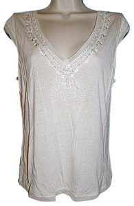 Banana Republic V-neck Beaded Neck T Shirt Off White, Ivory