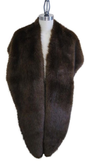Item - Brown Oversized Fur Stole Scarf/Wrap