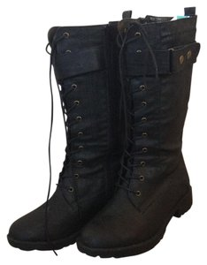 CA Collection by Carrini Black Boots