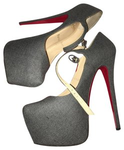Christian Louboutin Light grey Pumps