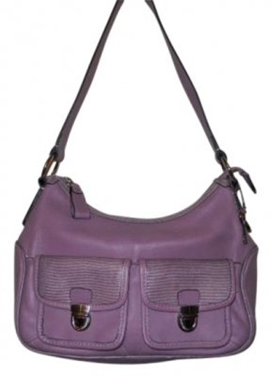 Preload https://img-static.tradesy.com/item/193884/fossil-lavender-leather-shoulder-bag-0-0-540-540.jpg
