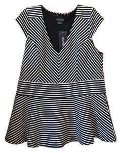 City Chic Top Black and white