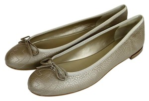 Gucci Leather Ballet Embossed Golden Beige Flats
