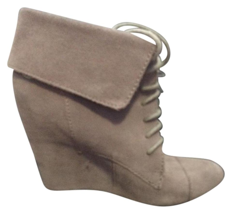 Steve Madden Taupe Darah Darah Taupe Suede Boots/Booties 9f7a9c