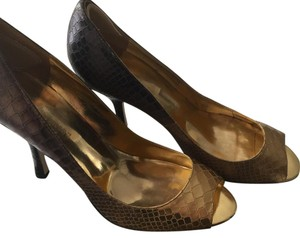 Enzo Angiolini Gold to black Ombre Open toed shoe Formal