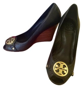 Tory Burch Classic Versatile Chic Black with gold hardware Wedges