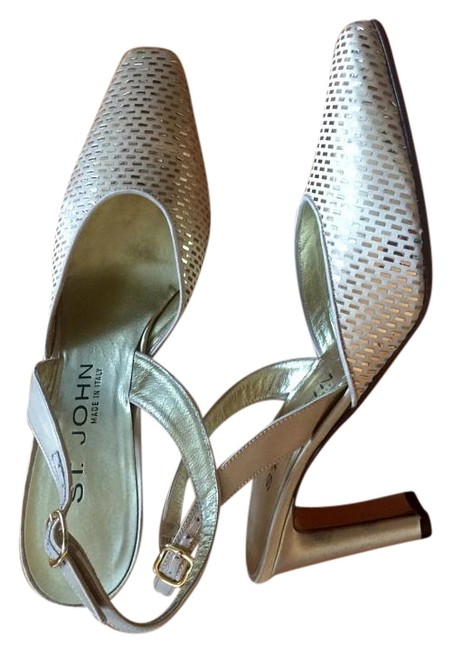 Item - Gold Metallic Slingback 7aa Formal Shoes Size US 7 Narrow (Aa, N)