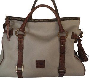 Dooney & Bourke Satchel in Ivory/ Cream