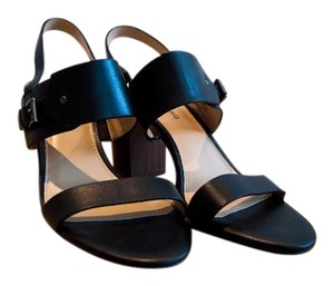 Arturo Chiang Black Sandals
