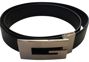 Gucci Gucci reversible black/brown leather belt with G buckle