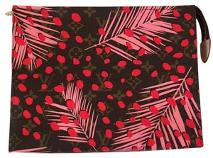 Louis Vuitton Limited Edition Palm Springs Jungle Pink Clutch 26