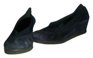 Andre Assous Andre' Suede Navy Wedges