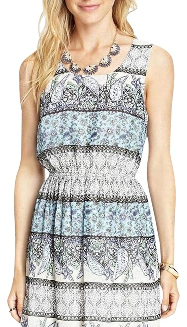 Preload https://item2.tradesy.com/images/forever-21-blue-paisely-knee-length-short-casual-dress-size-6-s-19394901-0-2.jpg?width=400&height=650