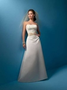 Alfred Angelo Ivory/Champagne Satin 2016 Formal Wedding Dress Size 10 (M)