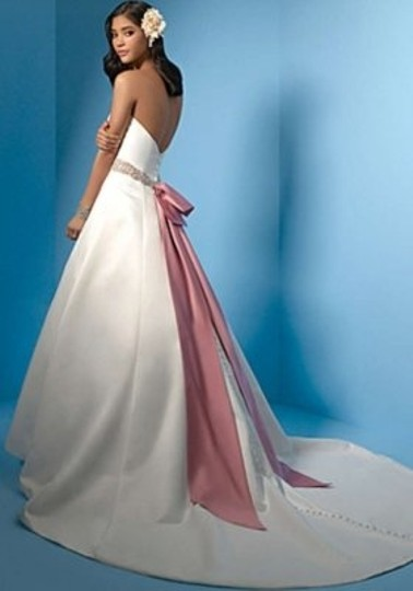 Alfred Angelo Ivory/Dusty Rose 2024 Formal Wedding Dress Size 12 (L)