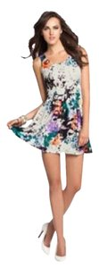 Guess short dress Multi Floral on Tradesy