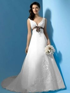 Alfred Angelo 1187 Wedding Dress