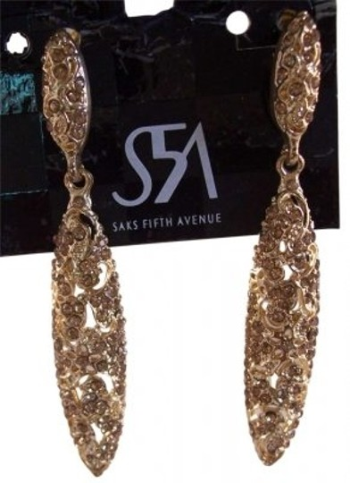 Preload https://item5.tradesy.com/images/saks-fifth-avenue-gold-earrings-193989-0-0.jpg?width=440&height=440