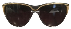 Stella McCartney Stylish sunglasses