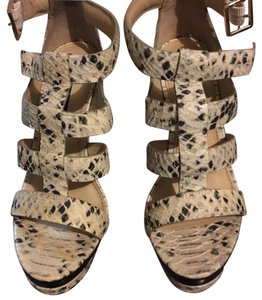 Rachel Zoe Black/Ivory Wedges