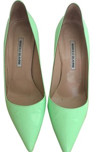 Manolo Blahnik Patent green Pumps