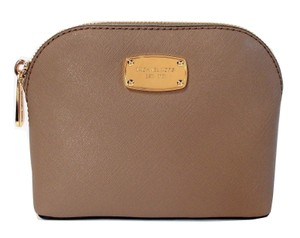 Michael Kors Cindy Saffiano Leather Travel Pouch Makeup Bag NWT Taupe