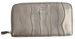 Prada Zip Around Wallet 92PRA902
