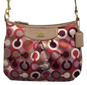 Coach Pet And Smoke Free Retired 46667 Cross Body Bag