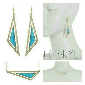 CC SKYE OASIS set necklace earrings