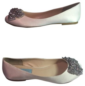 Betsey Johnson Ballerina Silver Metallic Bow white Flats