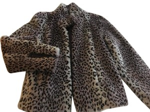 Esprit Animal Print Faux Fur Short Zipper Detail Fur Coat