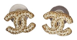Chanel Chanel CC Pearl Earrings