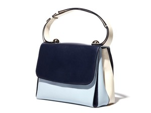Salvatore Ferragamo Classic Cool Dy-21 E447 Tote in light-blue, blue, white
