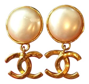 Chanel RARE vintage Chanel earrings.