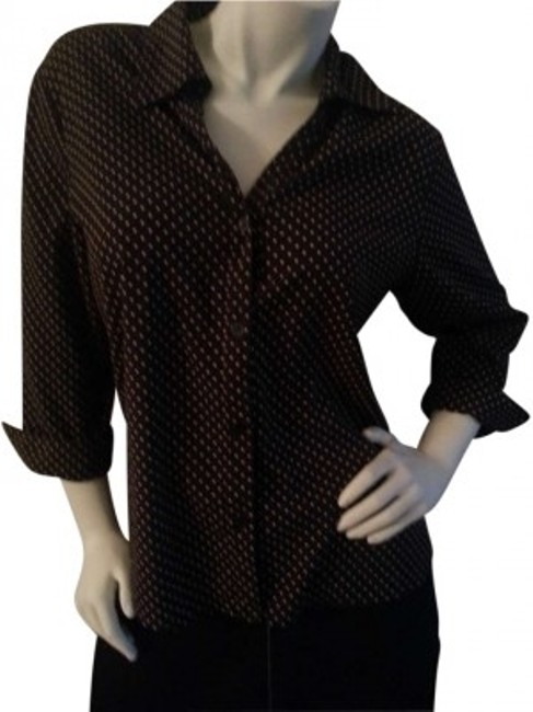 Preload https://img-static.tradesy.com/item/194042/notations-brown-with-white-polka-dots-v-neck-button-down-top-size-14-l-0-0-650-650.jpg