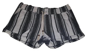 Kiss & cry Mini/Short Shorts Stripe