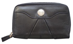 Kenneth Cole Reaction Kenneth Cole Reaction Zip-Around Wallet Black Leather Bifold