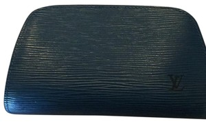 Louis Vuitton Louis vuitton Blue Epi leather cosmetic bag .